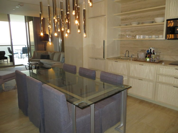 The kitchenette and dining area