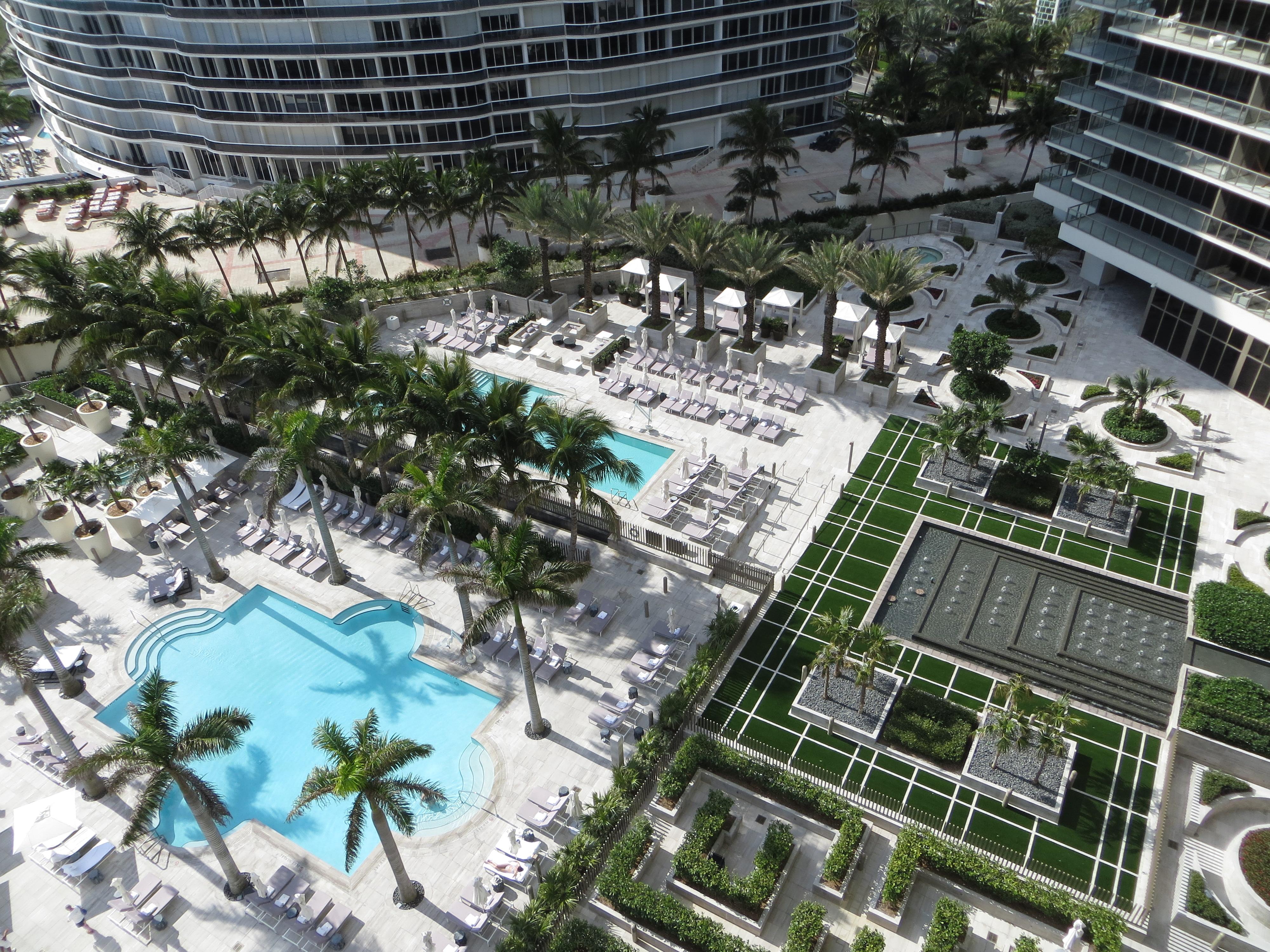 the st regis bal harbour resort south florida s. Black Bedroom Furniture Sets. Home Design Ideas