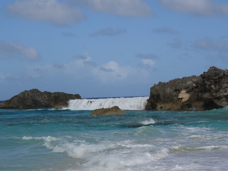 a waterfall was suddenly created on Dragon Cay.  I could watch this over and over again all day long.