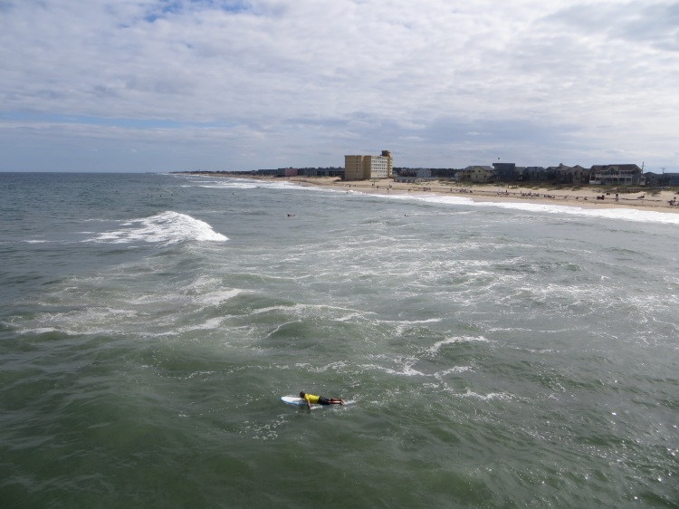 There was a surfing competition that took place on the day we stopped by Jennette's Pier